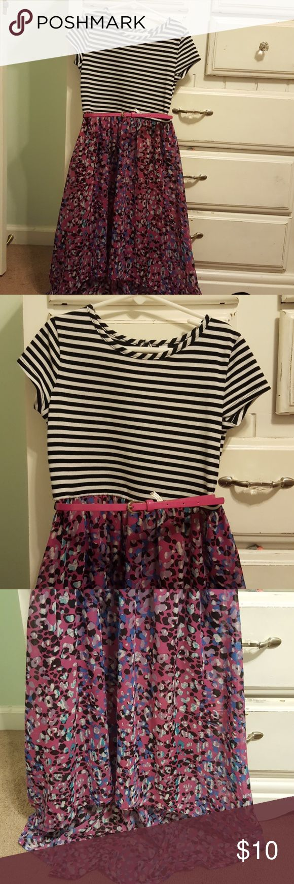 Girls short sleeve dress I loved this dress for all occasions Black and white short sleeve top with a flowing purple bottom belt  loops are intact comes with matching purple belt Xhilaration Dresses Casual