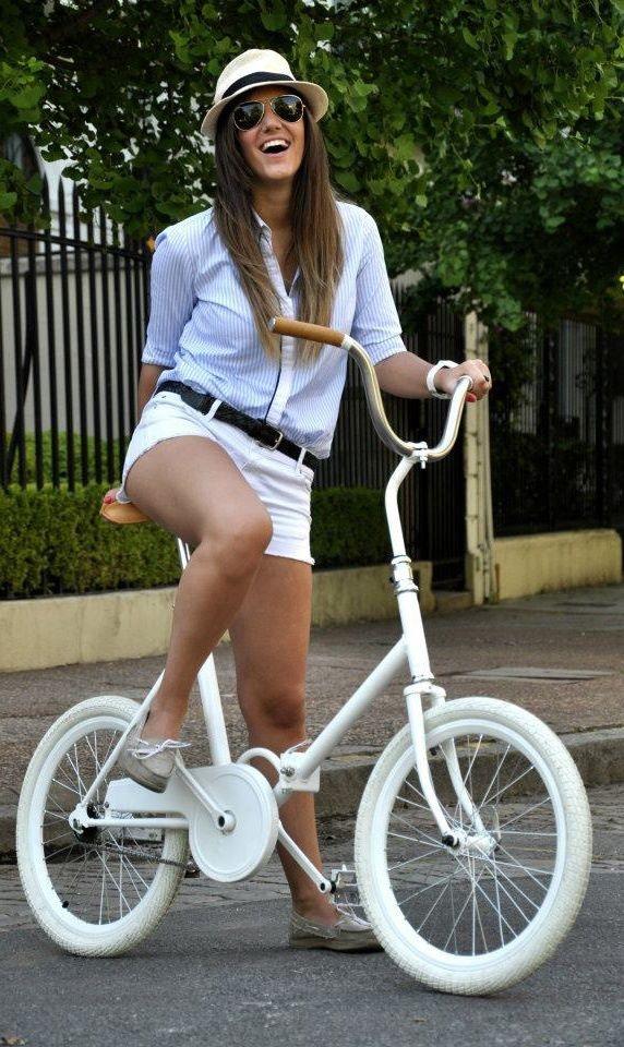Vintage Folding Bike @Virginia Kraljevic Kraljevic Kraljevic Steinhauer Aires