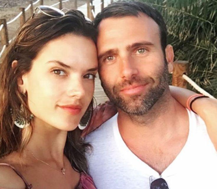 Вот это повезло: мужья и бойфренды моделей Victoria's Secret http://kleinburd.ru/news/vot-eto-povezlo-muzhya-i-bojfrendy-modelej-victorias-secret/  Благодаря очередному ежегодному показу марки белья Victoria's Secret «ангелы» снова попали в центр внимания СМИ. Давайте посмотрим, кому это так повезло обнимать и целовать этих прекрасных девушек. Как выглядят мужчины, удостоившиеся внимания моделей Victoria's Secret? Адам Левин, муж Бехати Принслу, — сам себе знаменитость, фронтмен группы…