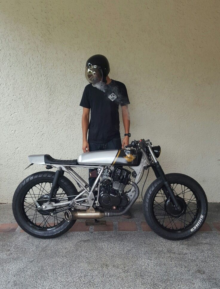 raw and rusted skyteam ace 125 cafe racer pinterest. Black Bedroom Furniture Sets. Home Design Ideas