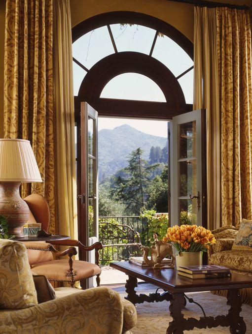Mediterranean - A Hillside Villa - Sitting Room -  Skurman Architects