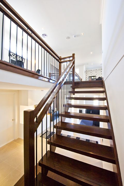 Victorian Ash | Stained | Feature Landing | Contemporary | Newel Posts | Double Handrail | Steel Balustrade | Open Stair | Cut Stringer