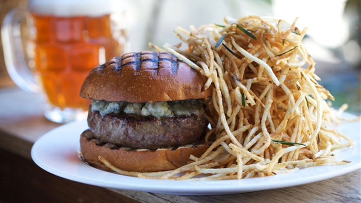 Chef April Bloomfield On How To Make the PerfectBurger | StyleCaster