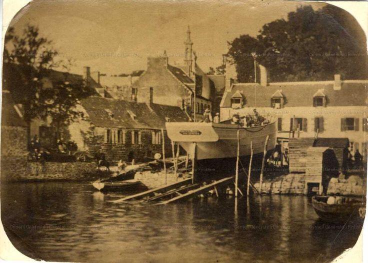 [Construction d'un navire au Port Rhu à Douarnenez] . [ca 1860]