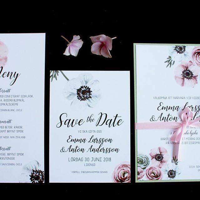 Ny serie ranunkel&anemom #ranunkel #anemon #anemomer #sommarbröllop #bröllopsinbjudan #inbjudanbröllop #bröllopsmeny #menykort #inbjudningskort #trycksakerbröllop #bröllop2018 #bröllop2019 #bröllopsinspo