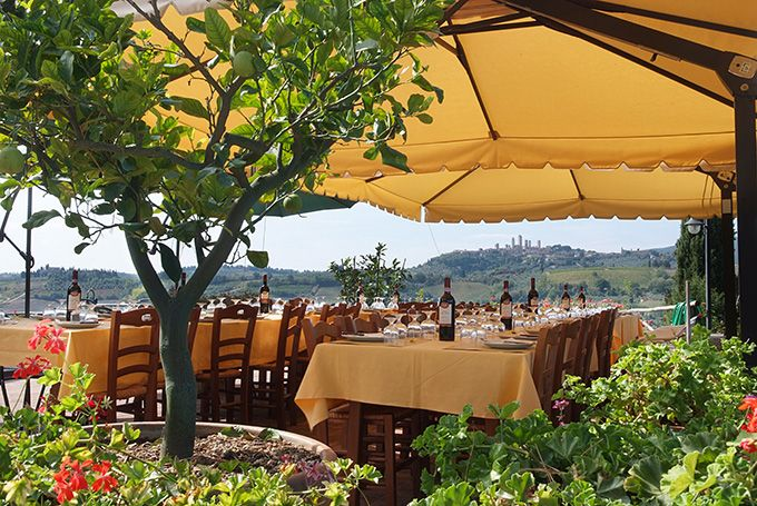 fattoria-poggio-alloro-agriturismo2 rooms, restaurants, 100% organic farm, cooking school