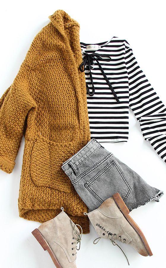 Casual fall style-Pockets chunky knit khaki coat outfit.