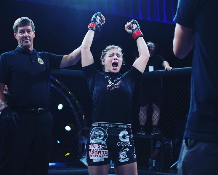 "#ICYMI Miranda ""Fear The"" Maverick @fearthemaverick_sfcmma defeated #GabbyRomero by unanimous decision at #InvictaFC24. Did you see the #fight? What did you think?  #Invicta #InvictaFC #WMMA #MMA #mixedmartialarts #DudievavsBorella #BorellavsDudieva #MilanaDudieva #MaraRomeroBorella #MMAnews #Invictanews #combatsports #boxing #kickboxing #BJJ #UFCFightPass #ShannonKnapp #SusanCingari #WMMAnews #mixedmartialartsfighter #girlswhofight #combat #MMAfighter #WMMAfighter #martialarts #twitter…"