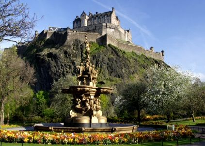 Edinburgh Castle - I used to gt off the bus each morning on my way to work and just gawp at this, whilst the commuters just swirled about me