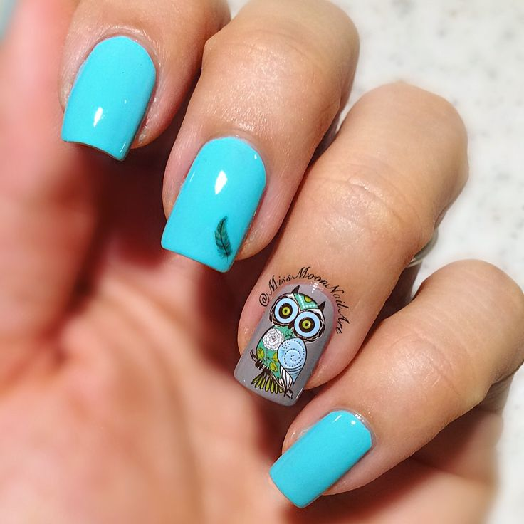 What is your favorite quote 🦉#nailartdesign #owlnails #turquoise #feather #nailart #simplynotlogical #nails2inspire #missmoonnailart #allaboutnailsofficial #rimmellondon #salonpro #readyfornewweek #cuteowl #500peppermint #shinynails #waterdecals #fashionnails