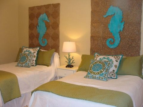 Cute inexpensive idea for headboards using straw rugs for Beach house headboard ideas