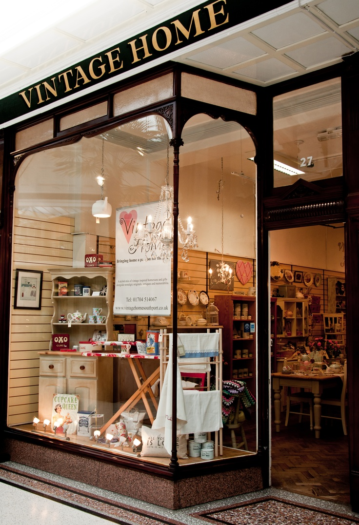 The Shop Front In Wayfarers Arcade Southport Vintage