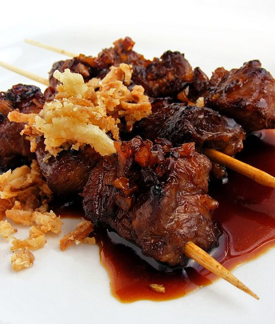 Satay Kambing by FotoosVanRobin, via Flickr