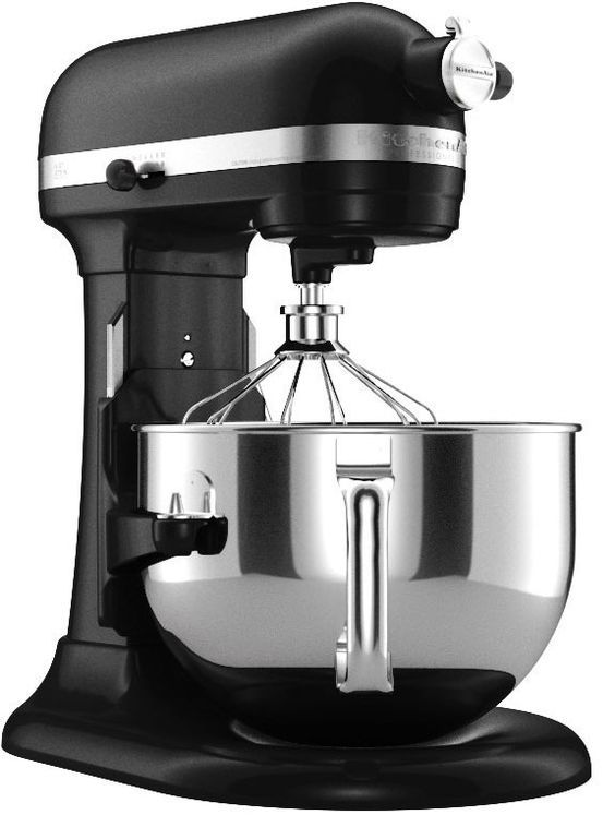 Professional 6 qrt mixer in matte black will be the one you will see in my dream home~