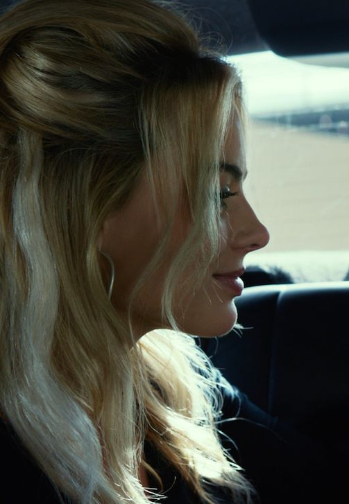 Love her hair in this movie