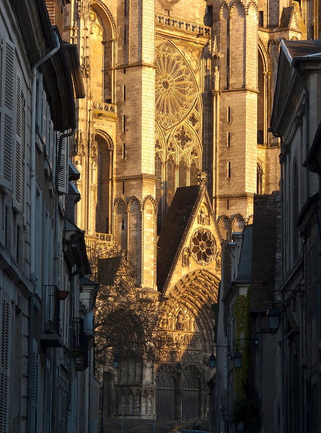 Façade de la cathédrale de Bourges au soleil, France by Arnaud Frich