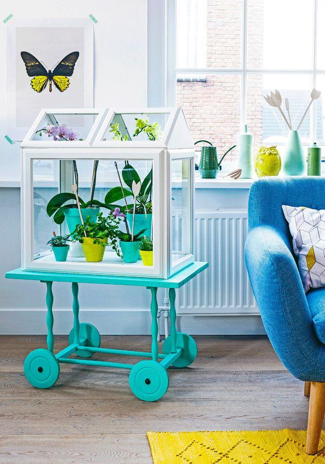 Bloemenkast - Flower cabinet Kijk op www.101woonideeen.nl #tutorial #howto #diy #101woonideeen #bloemen #kast #flower #cabinet