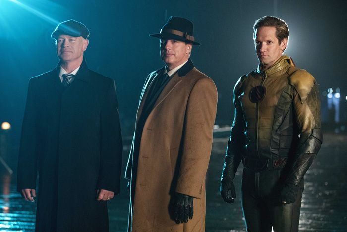 DC's Legends of Tomorrow Season 2 Spoilers: Leonard Snart Returns, Legion of Doom is Revealed (Video) | Gossip & Gab