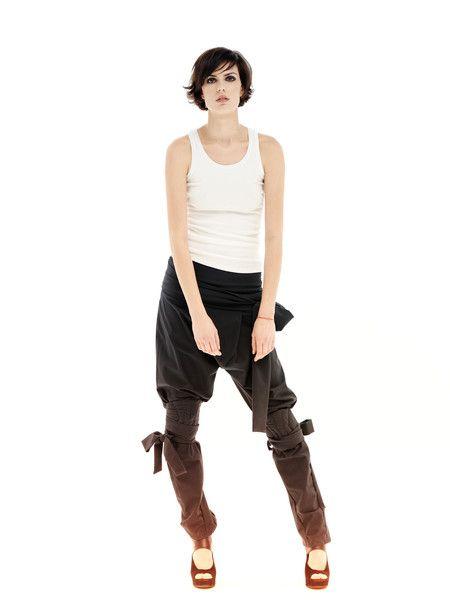 Sporthosen & -Shorts - Graue Hosen, Ausgefallene Hosen, Baumwoll Hosen - ein Designerstück von Maria-Queen-Maria bei DaWanda