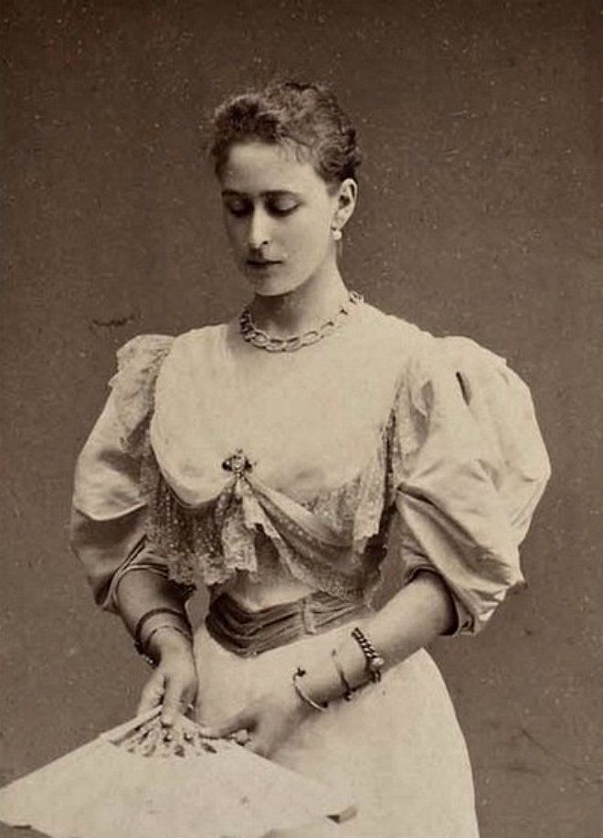 "Princess Elisabeth Alexandra Louise Alice ""Ella"" of Hesse (After marriage: Elisabeth Feodorovna Romanova of Russia) (1864-1918 murdered). 2nd child of Grand Duke Ludwig IV of Hesse & Princess Alice of UK. Wife of Grand Duke Sergei Alexandrovich of Russia (1857-1905 assassination), son of Emperor Alexander II of Russia. Mid 1890s."