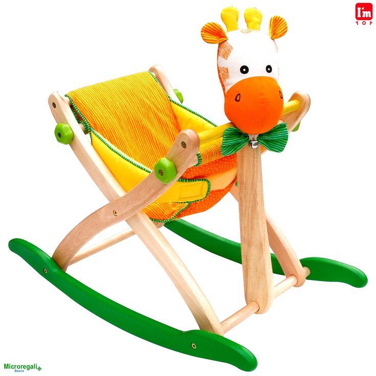Dondolo in Legno GIRAFFA cm 73x33x60 con Protezione per bambini. Primi Passi. Età 12 Mesi. I'm Toy. - Tricicli, Primi Passi, Cavalli a Dondolo - Regali per i BAMBINI I'm Toy sono giochi e giocattoli prodotti in Thailandia, sono Eco Friendly poiche' utilizzano legno di alta qualita' degli alberi della gomma che non sono piu' produttivi e vengono quindi abbattuti. In questo modo si da nuova vita al legno.