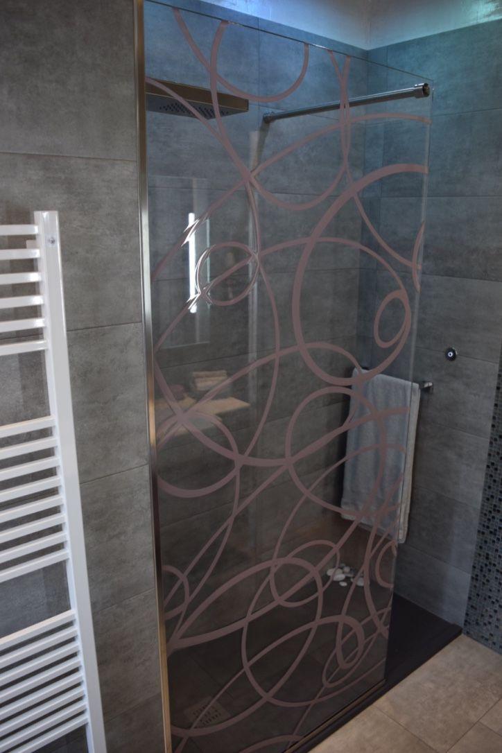 Casali Vetro Doccia, disegno Aura, laccato cipria, in negativo