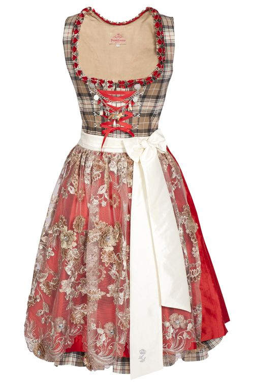 Dirndl Couture ~ apron and chain