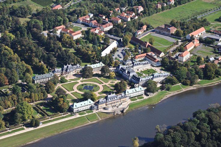 Das Schloß Pillnitz bei Dresden
