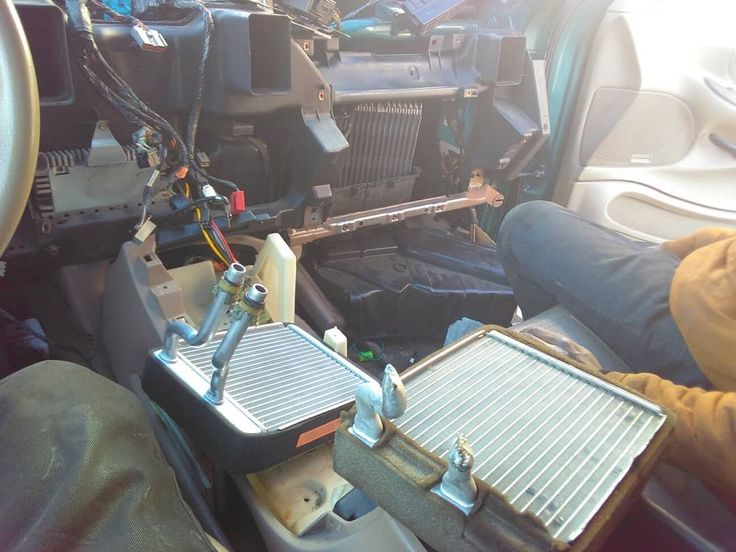 Expedition heater core replacement #engines #mechanics