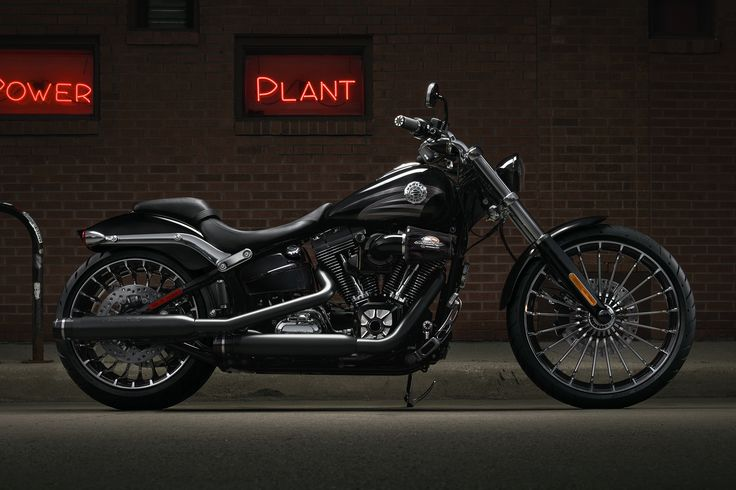 Softail Breakout 2016 | Harley-Davidson France