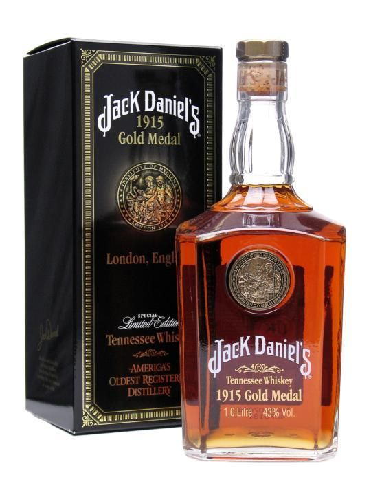 Jack Daniel's 1915 Gold Medal 1ltr / 45% Tennessee Whiskey One of a series of special commemorative edition bottlings Jack Daniel's have produced for their legions of fans.