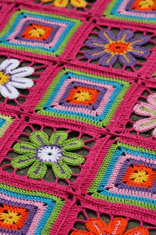 Flowers and squares crochet afghan