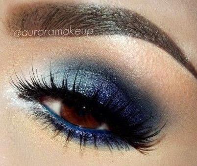 Tutoriales de maquillaje en 5 colores diferentes - 3. Sombra azul