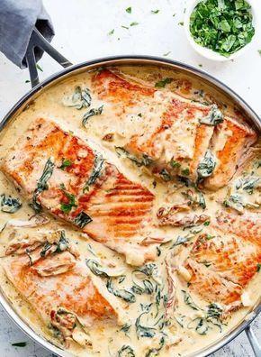 Rezept für Lachs in cremiger Sahnesauce mit Spina…