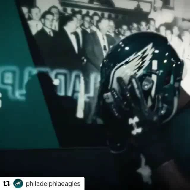 """I honestly can't wait for this game tonight! The Eagles are traveling to Seattle to take on the Seahawks! This is a big game for the Eagles to quiet all the analysts and doubters that keep saying that the Eagles haven't faced a """"tough"""" or """"playoff"""" team yet. It's gonna be a close game but I have the Eagles winning this game 31-27.  Thoughts? Comment below!  #eaglesnation #flyeaglesfly #jimschwartz #johndefilippo #frankreich #philadelphiaeagles #dougpederson #philly #bleedgreen #eaglesgang…"""