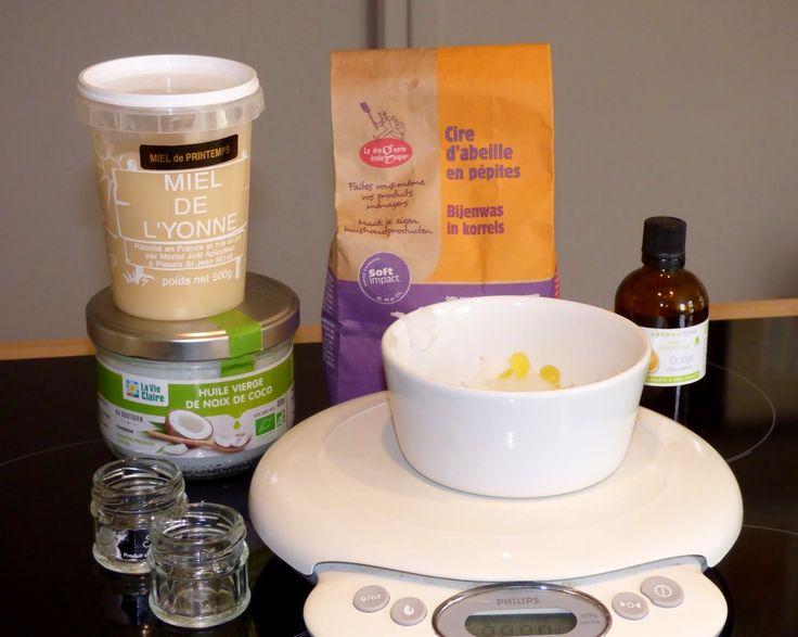baume coco miel orange  huile de coco 25g - cire d'abeille en pépites 10g - miel 5g - huile essentielle d'orange douce : 5 gouttes