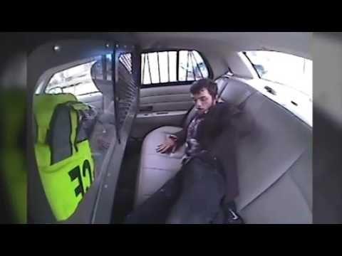 Verdachte door achterruit politiewagen gelanceerd na ongeluk - VK Magazine