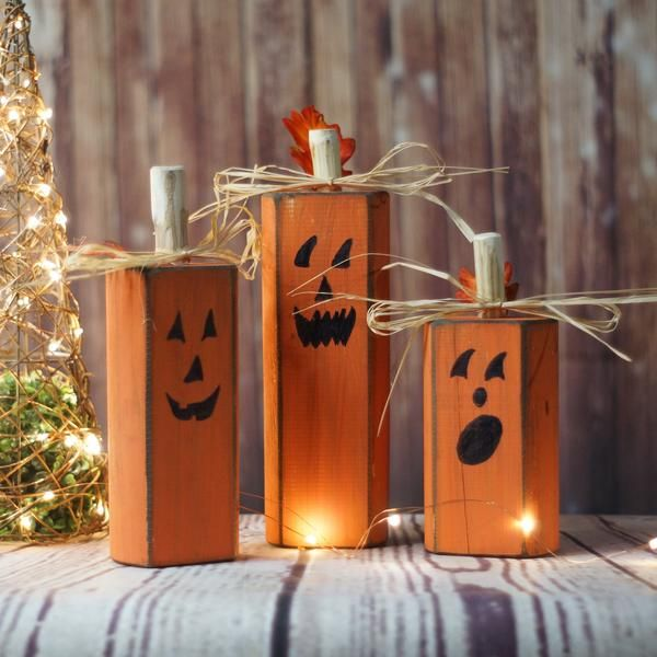 wood pumpkins rustic halloween decor
