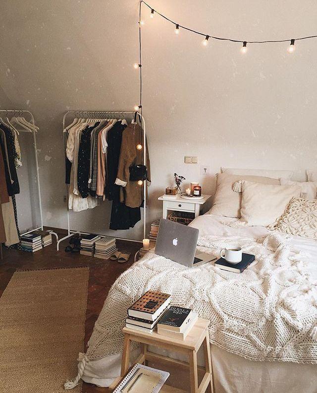 B R U W H O Bloge Books Books Aesthetic Books To Read Bookshelf Fashion Neue Strickmode In 2021 Redecorate Bedroom Room Inspiration Bedroom Bedroom Design Get gray aesthetic room decoration