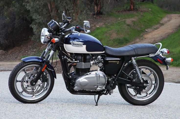 Triumph Boneville - my favorite motorcycle and so happy I finally have it in this exact color :)