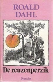 *** De reuzenperzik - Roald Dahl [Eigenlijk is zowat elk boek van Roald Dahl de moeite waard om te lezen maar dit is mijn persoonlijke favoriet. James woont bij zijn gemene tantes. Op een dag krijgt hij van een oud mannetje een zakje toverkracht. James laat het zakje vallen naast een perzikboom, met een reusachtige perzik als gevolg. Hij kruipt naar binnen, sluit vriendschap met de inwoners en beleeft allerlei avonturen.] #Toveren #Humor