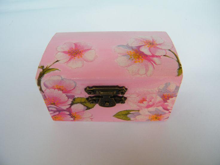 Wooden jewelry pink box, keepsake box, cherry blossom box, storage box, shabby chic, gift idea for her, handmade, ring bearrer box, OOAK by KristanArt on Etsy