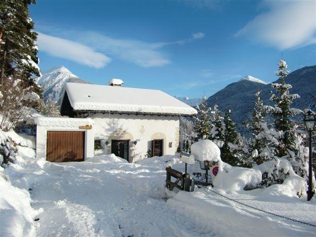 Abgelegen in völliger Harmonie mit der Natur - Chalet für bis zu 8 Personen in Alvaneu, Schweiz. Objekt-Nr. 23949