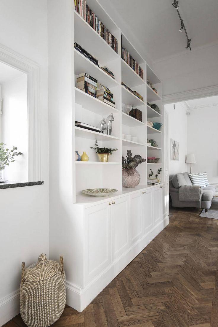 Platsbyggd bokhylla   Emelie Ekman - 34 kvadrat