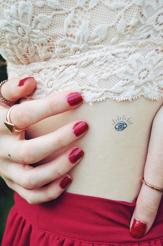 Delicate Eye Tattoo // Infinite Style