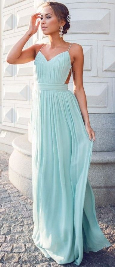 Mint Gown                                                                             Source