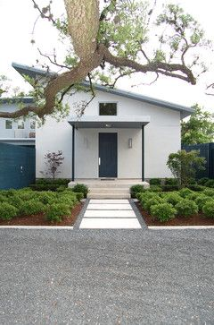 Modern Driveways Large Properties Design Ideas, Pictures, Remodel, and Decor - page 39