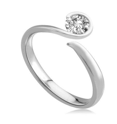anillos de compromiso                                                                                                                                                     Más