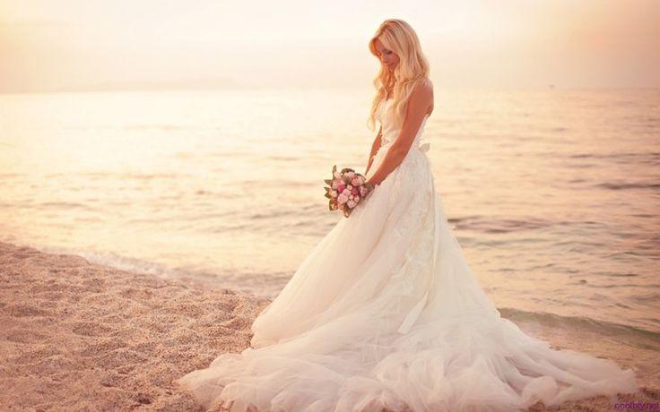 Beach Wedding Dresses1