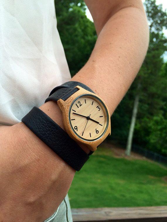 Womens Wood Watch graviert Holz Armbanduhr von axMen auf Etsy